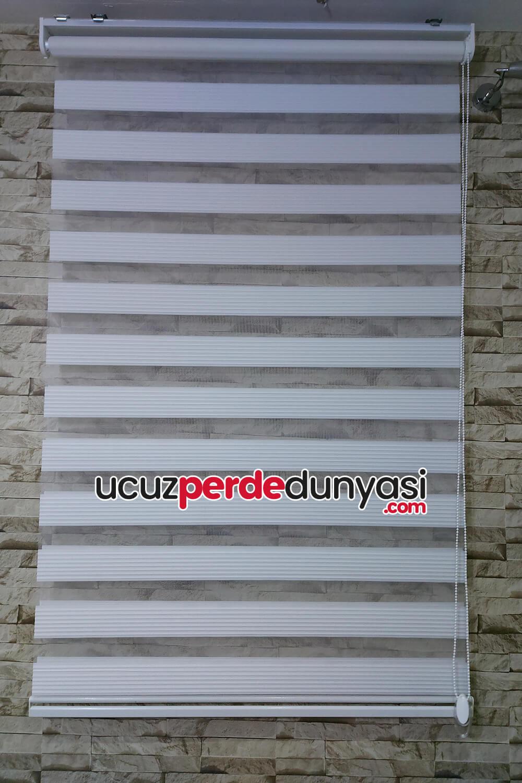Beyaz Plise Zebra Perde