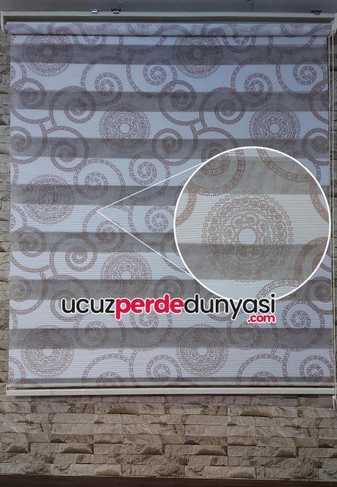 Kahve Motifli Geometrik Jakarlı Zebra Perde