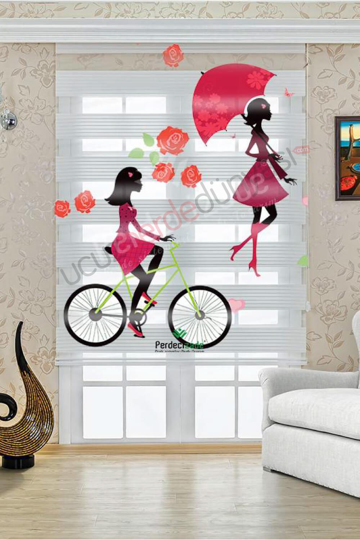Bisikletli ve Şemsiyeli Kadın Baskılı Stor Zebra Perde