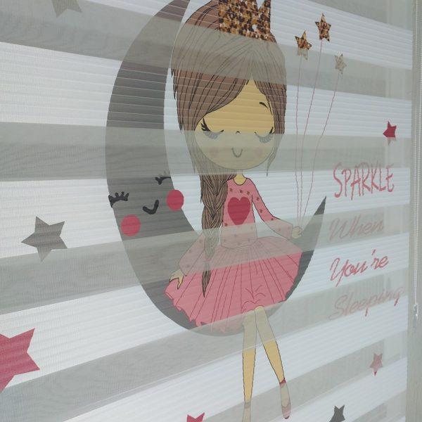 Ay Kız Baskılı Çocuk Odası Zebra Perde Modeli