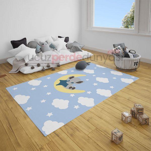 Ayda Uyuyan Fil Bebek Odası ve Çocuk Odası Halı