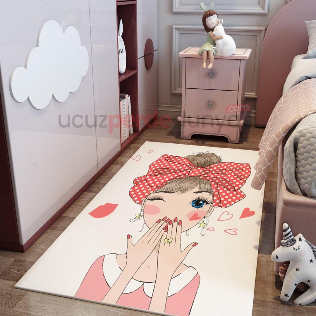 Bandanalı Kız Çocuk Odası Halı