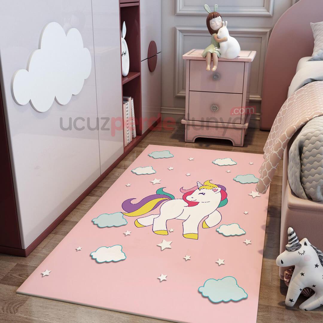 Pembe Unicorn Bebek Odası Halı