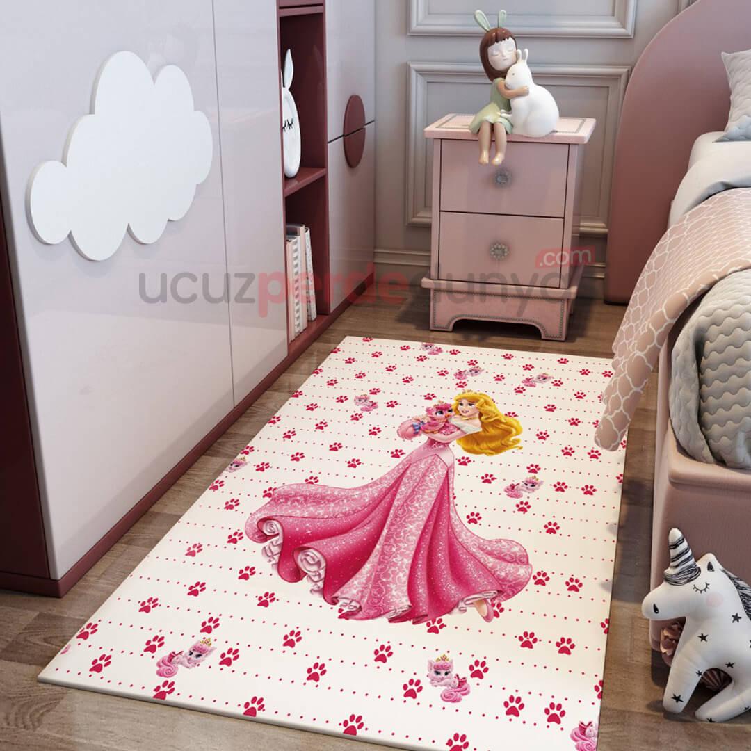 Uyuyan Güzel Çocuk Odası Halı