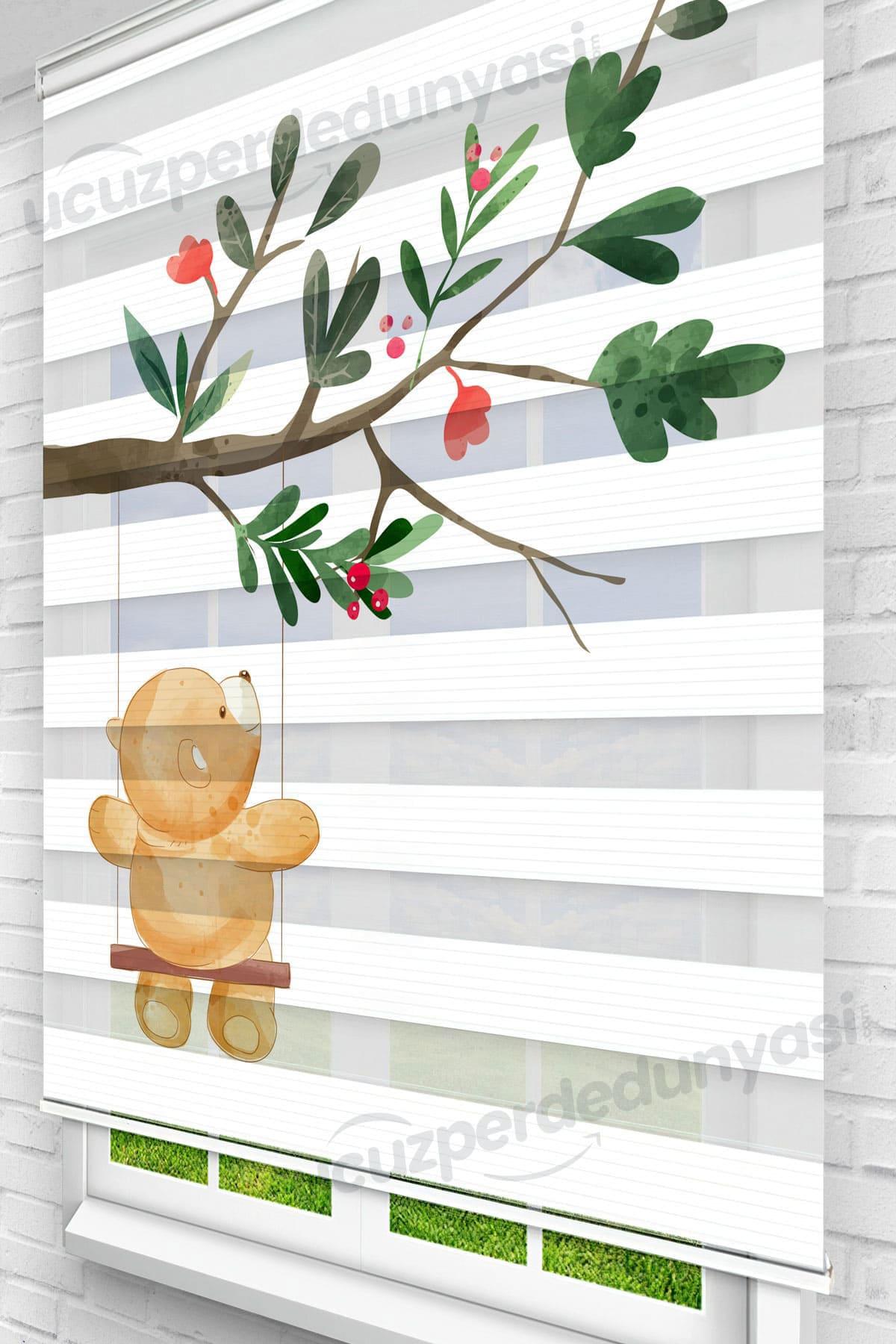 Ağaçta Sallanan Minik Ayı Çocuk Odası Zebra Perde