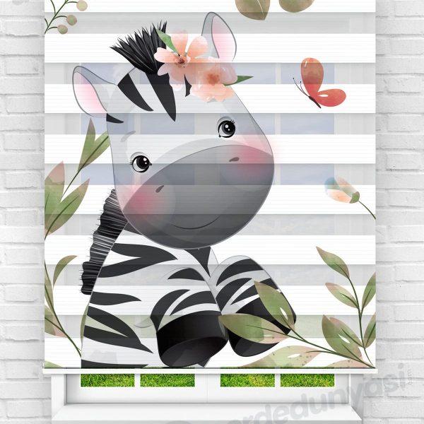 Çiçekler İçerisindeki Zebra Çocuk Odası Zebra Perde