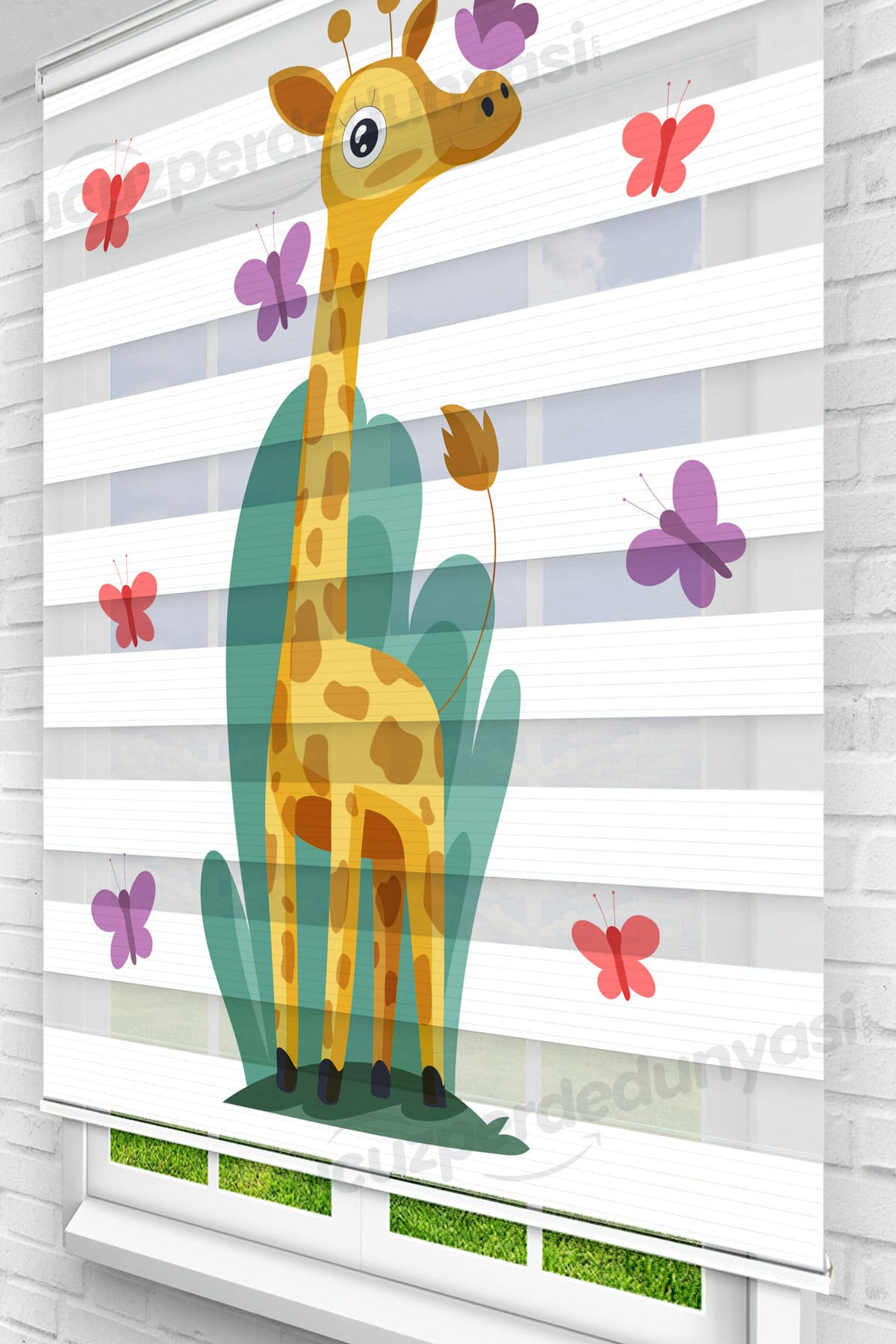 Kelebekler ve Zürafaa Çocuk Odası Zebra Perde