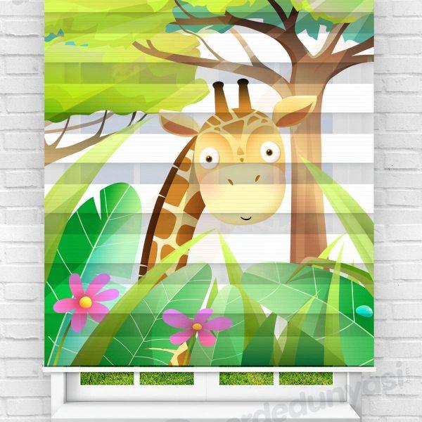 Yapraklar İçindeki Zürafaa Çocuk Odası Zebra Perde
